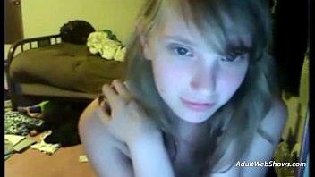 Webcam girl having a loud orgasm - AdultWebShows.com