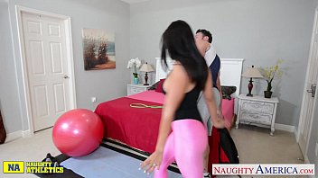 Authority dick sporting - Chesty athlete luna star take cock