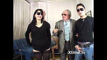 Orgy of italian amateurs fucking with black glasses