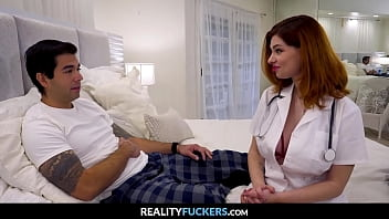 Booty Nurse Got Dick Pills - RealityFuckers.com