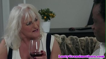 Bbc loving gilf getting fucked after foreplay