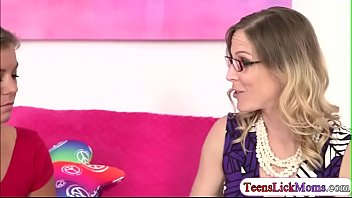 Kristin licking milf Samanthas pussy