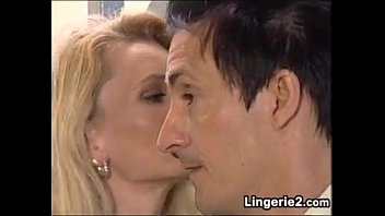 Blonde Milf Anal Fucking And Fisting
