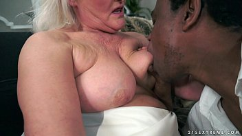 Old ladies hairless pussy - Grey granny on big black cock