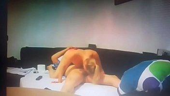 Pärchen Zuhause geile Deutsche Blondine schöne leckere Votze wird geleckt und mit Sexspielzeug  zum Orgasmus gefickt und verwöhnt, glücklicher Freund bekommt liebevoll ultrageil seinen harten Schwanz geblasen und abgeschleckt
