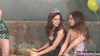 Vintage autoglass georgia Sweet 18 birthday girl party lesbian threesome - georgia jones, marie mccray, shyla jennings - twistys