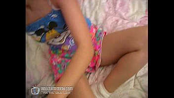 Russian Teen Girl Wet And Horny No2 21分钟