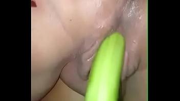 Gordibuena masturbandose