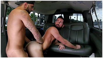 Gay new york citymassage Baitbus - amateur anal gay sex with a man bear in miami