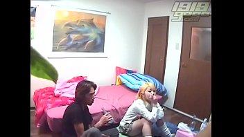 韓デリ盗撮 同僚達にイラマチオで喉奥を犯される性欲処理専用美人OL》【エロ】素人の動画見放題デスとっておきアンテナ