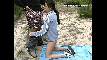 Teen video oral sex - Teen sucks stranger outdoor