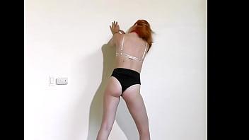 Juls' Slow Burlesque Yoga