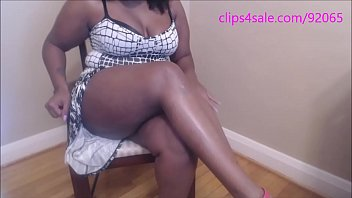 Ebony Leg Worship