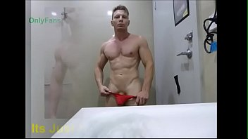 Gay red sox Big dick lad in cock sox underwear - fetish bulge onlyfans zakrogerz muscular hung
