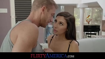 Gianna Dior Fucks Her Married Trainer After Seducing Him