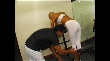 Cuerpos Perfectos - Porno Argentino