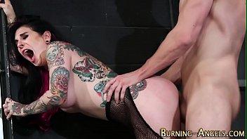 Gothic slut gets railed
