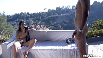 Photograpers fuck under the sun - Jade Nile and Mick Blue