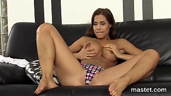 Spicy Czech Kitten Opens Up Her Pink Slit To The Limit
