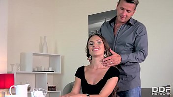 Best cock sucking delight ever with cum-hungry stunner Veronica Clark