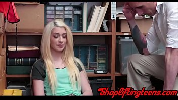 Blonde amateur gets facial from mall cop after sucking dick