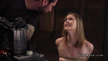 Anal kink Slave trainer anal bangs sexy babe
