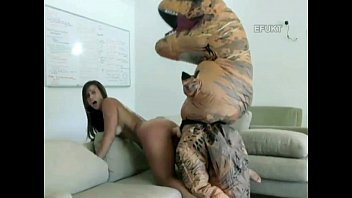 12 inch penis video - Mother fucking t-rex
