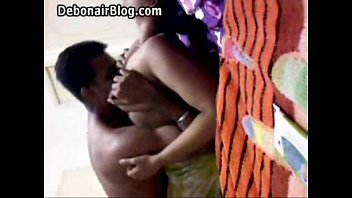 Gujju Bhabhi licking her by her Lover