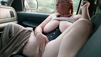 Girl gives blowjob in car Chubby girlfriend masturbating and sucking cock in the car