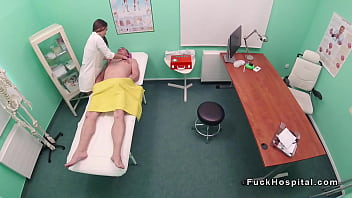 Nurse massages doctor before sex pornhub video