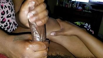 Муж случайно снял как жена мастурбирует