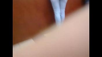 Morena Culona de jeans en el Orinokia Mall Parte 2 - 69VClub.Com