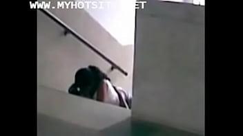 [kashtanka.tv] fucking in staircase