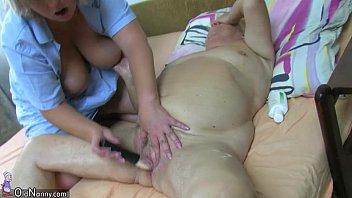 OldNanny Old Chubby lady granny sucking dick and masturbation Vorschaubild
