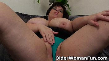 Older bbw sex slaves Bbw mom having solo sex with a dildo