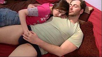 (jr) dad young daughter porno izle