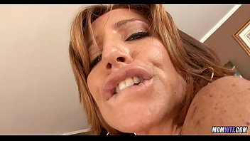 Mature Miami MILF loves the taste of Cock
