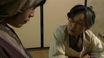 Pasangan Jepang bercinta di manapun Anda berada