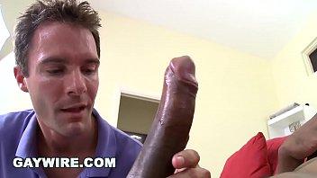 Free gay massive cock Gaywire - white boy cameron kincade loves izzys big black cock