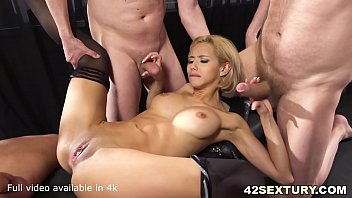 Fingering an ass hole Absolutely stunningly sexy veronica leal offers both her holes to 3 guys