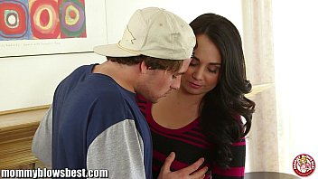 Holly hunter boob job Mommybb busty mature milf blows a young boy for discount