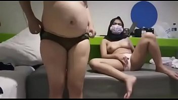 7180 hijab squirting on webcam preview