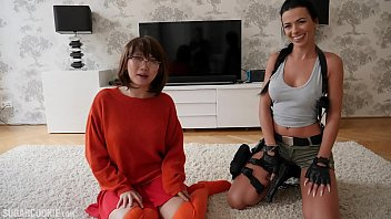 Tomb Raider porn - Lara Croft's lesbian sex with busty Asian Velma Dinkley from Scooby Doo - it's cosplay, it doesn't need to make sense thumbnail