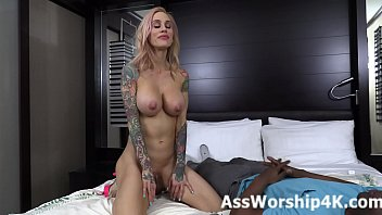 Ass worship and face sitting with Sarah Jessie