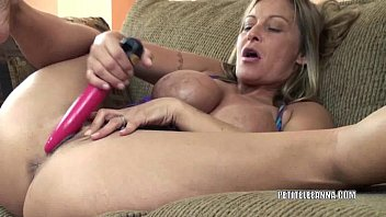 Horny housewife Leeanna fucks her toy - 69VClub.Com