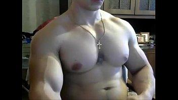 jerkvid bodybuilder wanking - more videos on HOTGUYCAMS.com