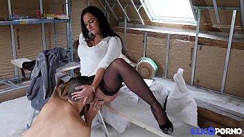 Eva se fait baiser sur le chantier [Full Video]