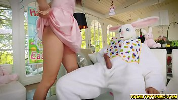 Adult easter bonnet - Uncle richie got his cock suck and fuck avi love