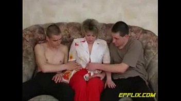 Amateur Threesome - 69VClub.Com