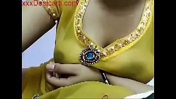 Hot indian girl showing boobs on cam watch full at - Xxxdesicam.com